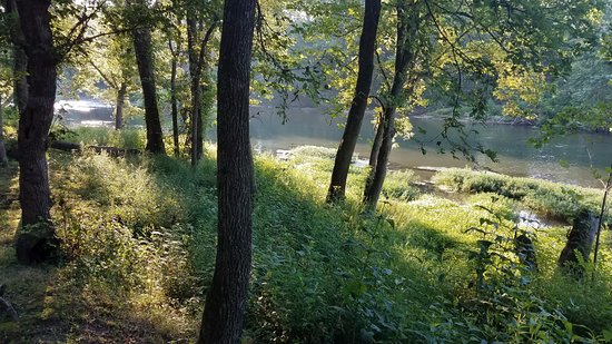 Lebanon, MO: view from one of the riverside campsites