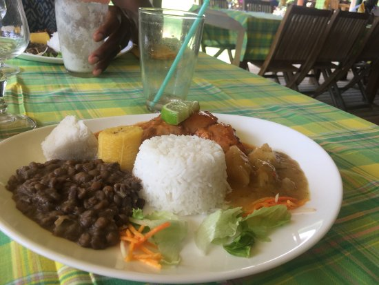 Sainte Marie, Martinique: Dorade en court bouillon