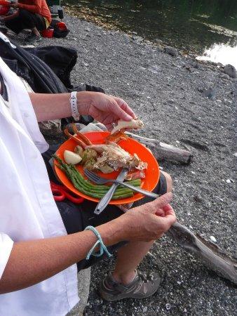 Pender Island, Kanada: Fresh Crab Dinner