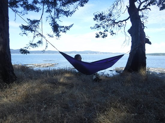 Pender Island, Kanada: Hammock time on Portland
