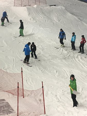 The Snow Centre: photo0.jpg