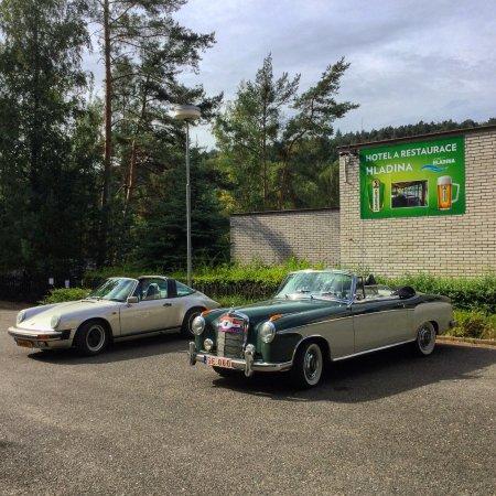 Nebrich, República Checa: Parkoviště