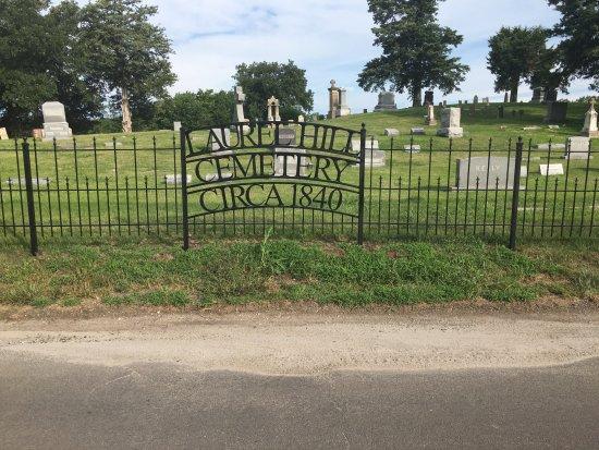 Weston, MO: front gate