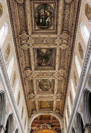Il tetto del Duomo di Napoli