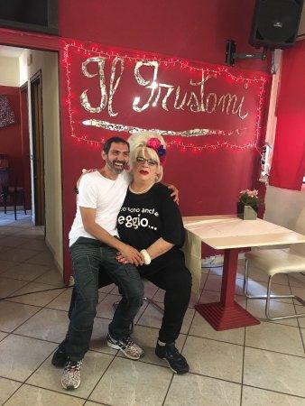 Pozzuolo Martesana, อิตาลี: Ottimo cibo,bellissima atmosfera,spettacoli di cabaret,drag queen,musica dal vivo