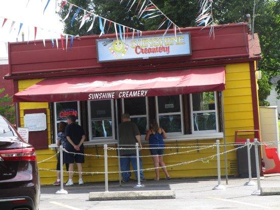 Sunshine Creamery Rumford, R.I.