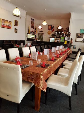 Whanganui, New Zealand: We are currently getting busier so please make reservation if possible for dining at Thai Vialla