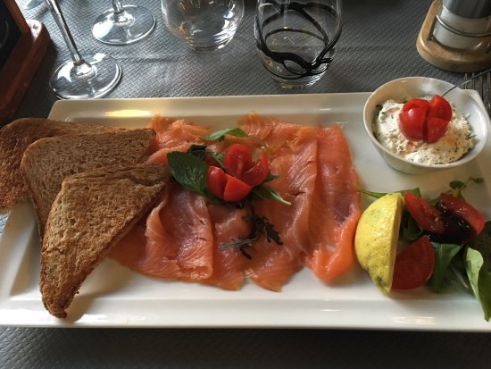 Vincennes, France: Excellent restaurant , tant par la qualité des plats servis ( copieux ET bon ) que par la qualit