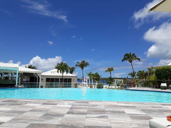 Baie Nettle, St. Maarten: 20170722_114737_large.jpg