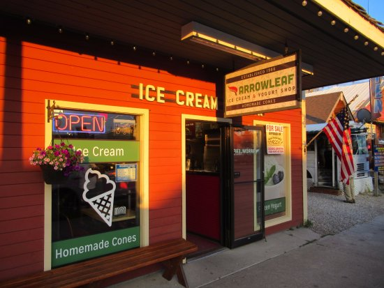 Arrowleaf Ice Cream Parlor: the store