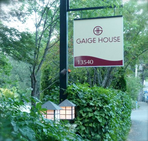 Gaige House, A Four Sisters Inn Photo