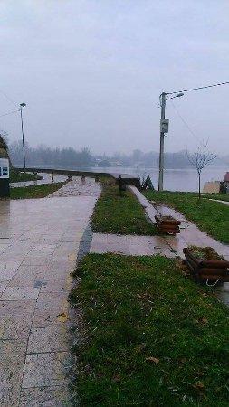 Danube River : Dunav kej December 2016