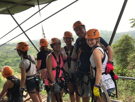 Toro Verde Nature Adventure Park : What a great time. People were awesome and the restaurant was excellent. Must get the Mofongo wi