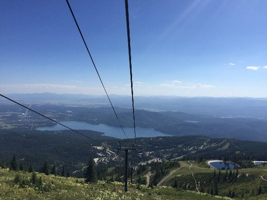 Whitefish Mountain Resort: Chair 1 - open-air lift - going down