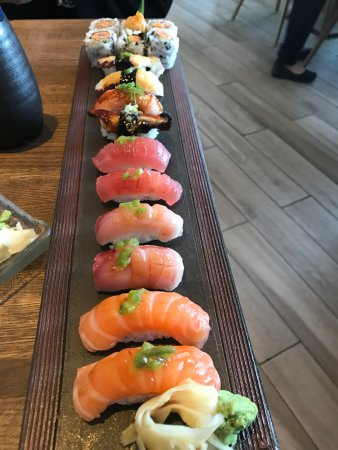 Quincy, MA: Sushi deluxe