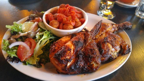 Sainte-Therese, Canada: Great tasting chicken and lamb dinner..will definitely return again