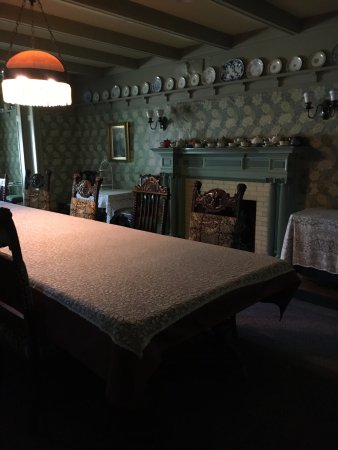 """Stony Point, NY: The dining room that """"the writers"""" felt they owned"""