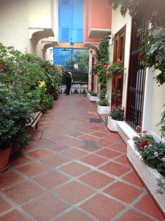 Hostal El Patio Photo