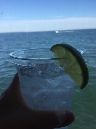 Orient, NY: Gin and tonic on Long Island Sound!