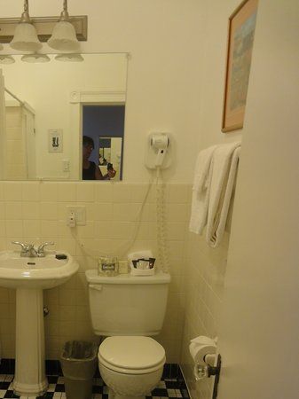 Dalvay, Canada: Guestroom, bathroom