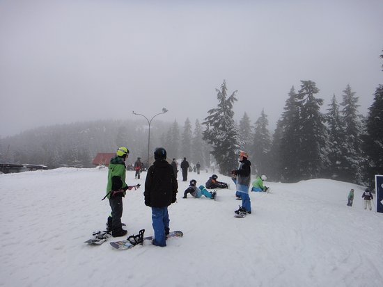 North Vancouver, Canadá: Snowboarders...mostly