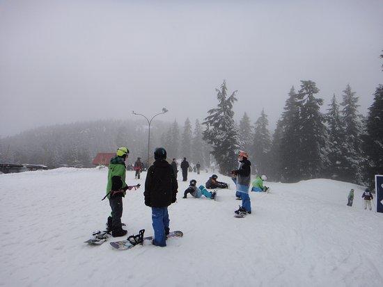 Kuzey Vancouver, Kanada: Snowboarders...mostly
