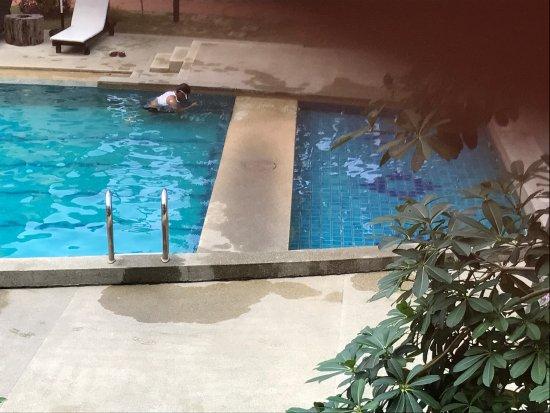 Anjungan Beach Resort: photo2.jpg