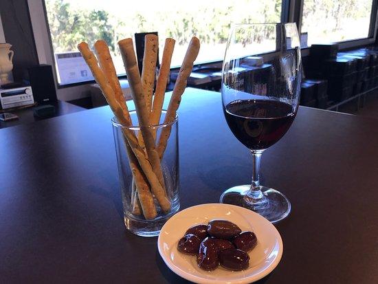 Pokolbin, Australië: Olives & Grissini...