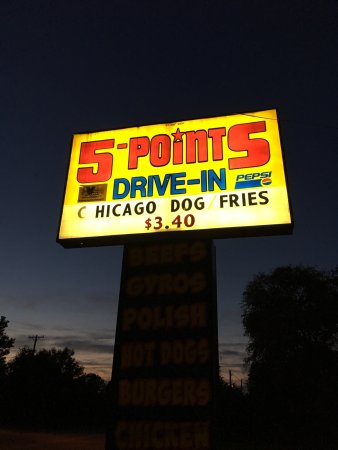North Chicago, IL: 5 Points Restaurants