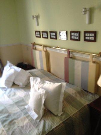 Turnhout, Belgium: Nice big bed.