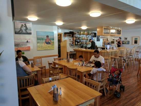 Manzanita, OR: The bar area of the restaurant
