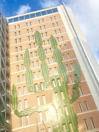 Hotel Benikaktus: Bonito prédio - muito decorativo
