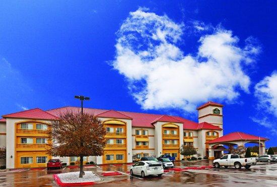 Weatherford, TX: ExteriorView