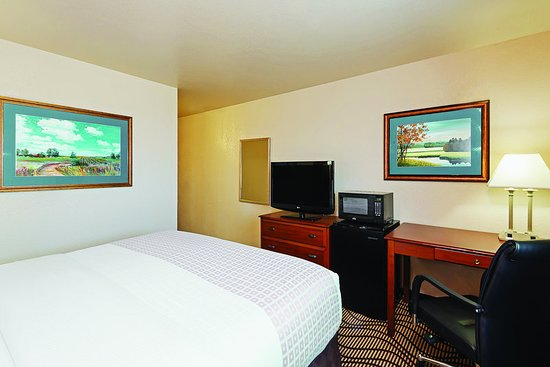 Caldwell, ID: Guest Room
