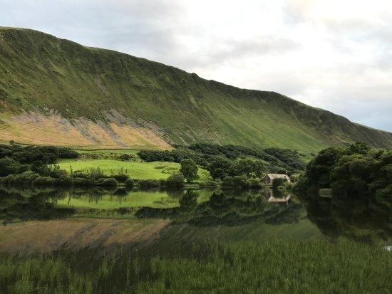 Tal-y-llyn, UK: View across the lake
