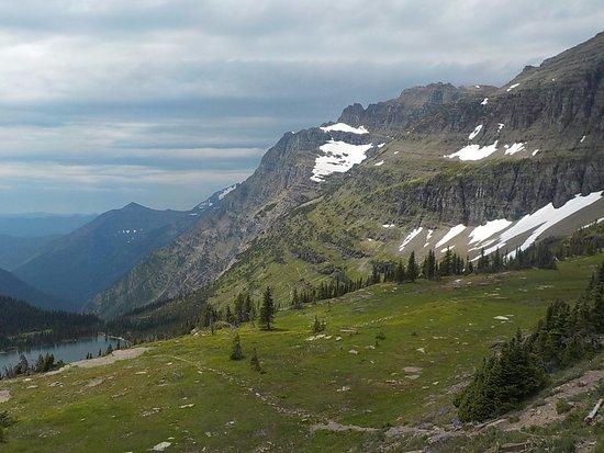 West Glacier, MT : Hidden Lake Overlook at Logan's Pass