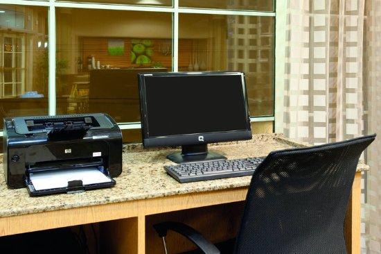 Lakewood, CO: BusinessCenter