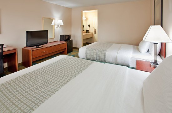 Clive, Iowa: Guest Room