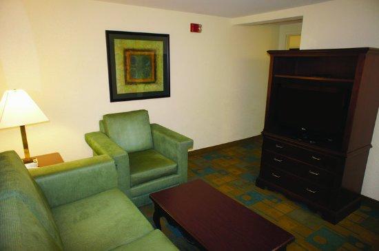 Somerville, MA: Suite