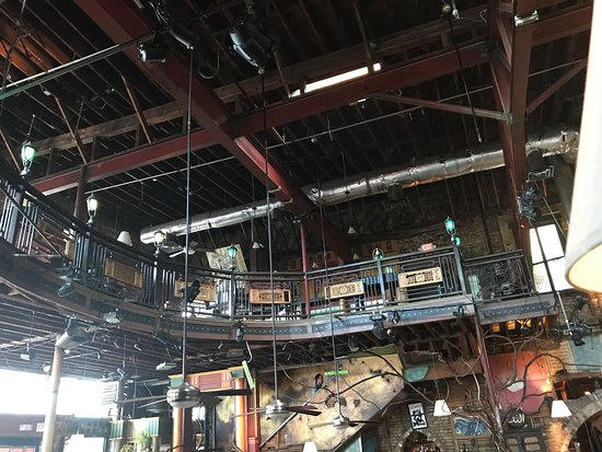 Loring Bar & Restaurant: photo3.jpg