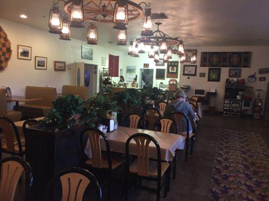Baker, NV: dining room