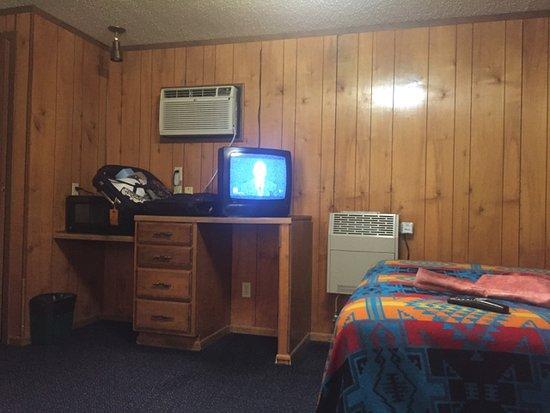 Baker, NV: typical room