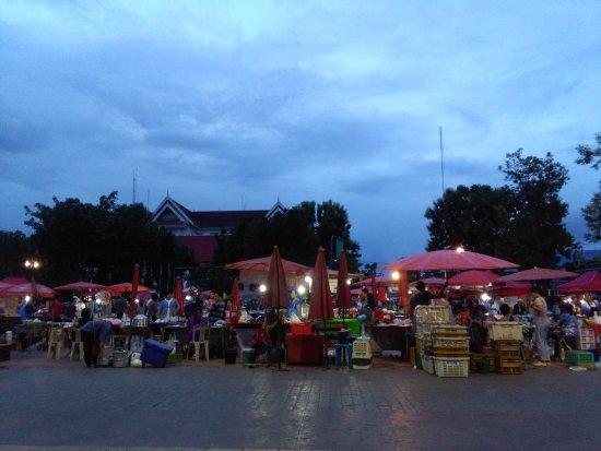 Phrae, Thailand: IMG_20170721_185918_large.jpg