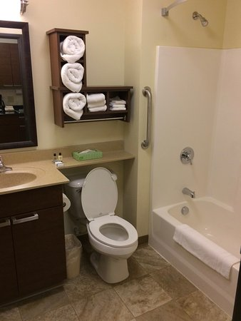 Brookings, Νότια Ντακότα: Very clean bathroom! Thank you!