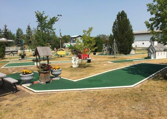 Watrous, Canada: Mini Golf