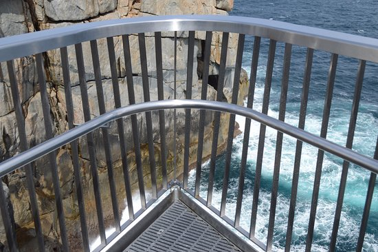Albany, Australia: A glimpse of the see-through floor and rails