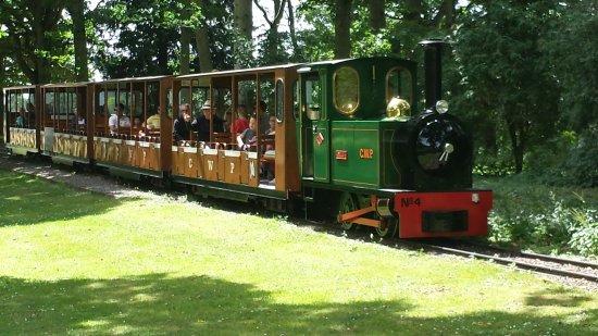 Burford, UK: Miniature train