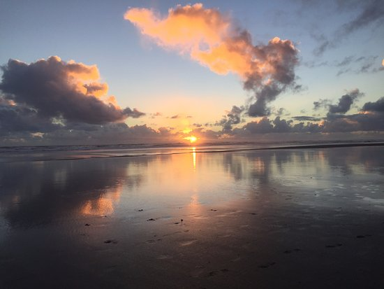 Sunset at Piha Beach