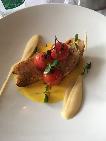 Monkfish auf Senfsauce mit Rübchenpüree und Backtomaten