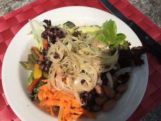 Tegna, Swiss: Gemischter Salat